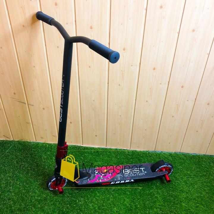 Самокат для трюков Best Scooter колеса алюминий 110 мм с пегами (черный с красным)